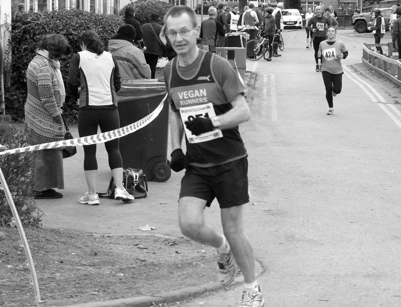 Eynsham 10k 2013 finish